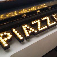Lichtwerbung, Leuchtreklame, LED, Leuchtkasten, Leuchtschrift